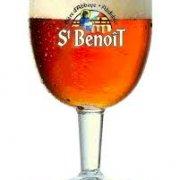 sainT bennoit red beer
