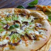 Pizza Fiori di Zucca ed Alici