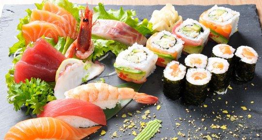 Sushi sashimi classico