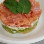 Tartare di salmone avocado