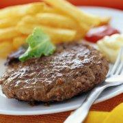 Hamburger con patate fritte